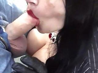 Armature smoking bj in leather gloves