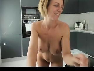 Sexy Milf 2