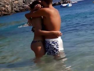Hot  Horny  Couple At Tha Beach