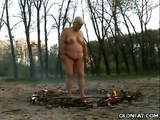 Chunky Gilf Enjoys Outdoors Sex