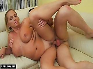 Milf Mom With Big Tits Is Ready After Pussy Eating