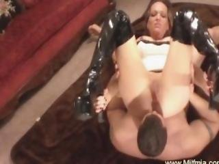 Reverse Cowgirl For This Horny MILF