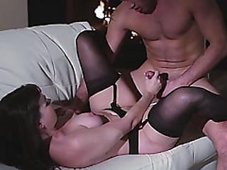 Sweetsinnerfree Sexy Milf Was Set On Fire