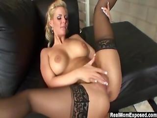 Slutty Milf Phoenix Marie Gets Creampied