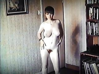 Don't You Forget About Me - Vintage British Big Tits Dancer