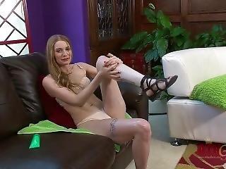 brunety, nohy, noha, krém, malé kozy, solo
