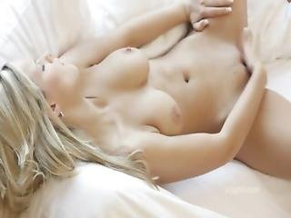 Babe, Blond, Finger, Onani, Naturlig, Orgasme, Sexet