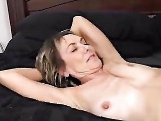 Skinny Hot Granny Fucked By Young Guy