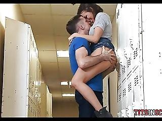 Horny Students Go To The Bathroom For A Fuck Break