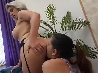 Brasiliansk, Lesbisk