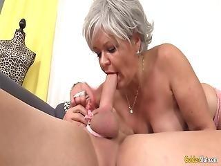 Μαύρο γιαγιά pussy.com