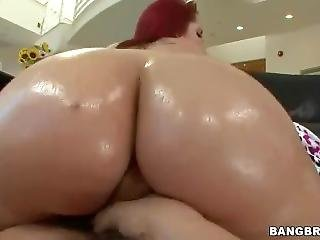 Kelly Devine Gets Her Juicy Ass Fucked