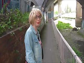 Urban Flash With Barbyslut