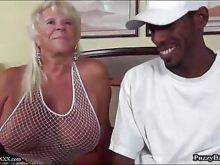 grosse bite black, grosse bite, black, sperme, avale le sperme, grand-mère, interracial, mature, milf, vieux, avale