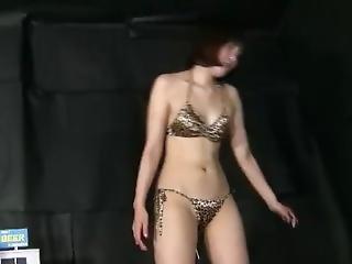 asiatisch, fetisch, solo, badeanzug