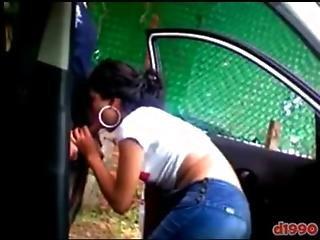 novios mexicanos cogiendo en el carro   XVIDEOSCOM