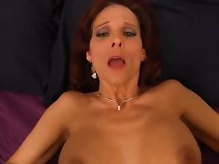 Mom Wants Sex - Virtual