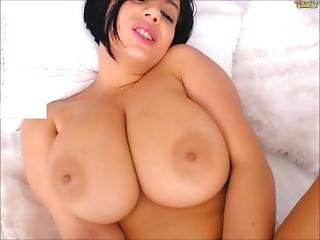 Voluptuous Perfect Girl With Huge Natural Boobs Orgasms On Chaturbate