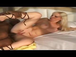 dupa, duży tyłek, blondynka, brazylijka, kutas, międzyrasowy, lizanie, cipka, wylizać