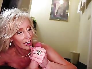Mature Hot Stepmom Fucks 18 Y O Young Guy