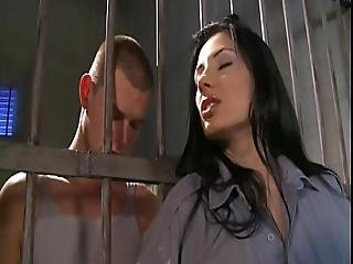 Sofia Cucci Well Fucked By Prisoner In Jail