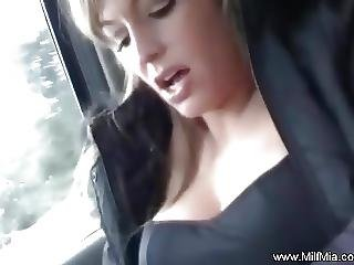 Backseat Milf Squirter