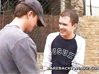 Barebacking Skater Boys