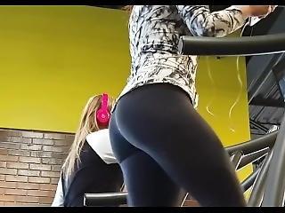 Hidden Cam At The Gym ! Brunette Milf In Tight Leggings Ass Running Workout