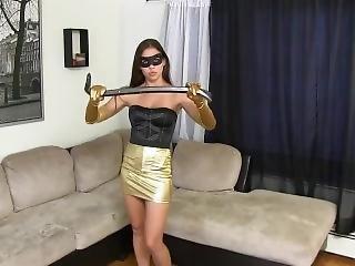 Heroine Girl