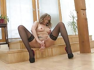 Busty Mature Mom With Thirsty Old Cunt