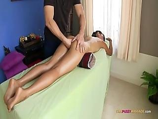 Pinch Her Pussy Mound During Naked Oil Massage