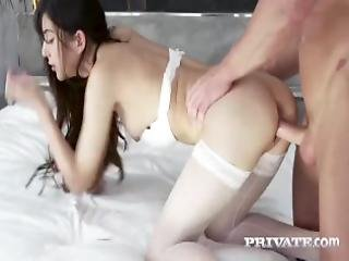 Private Com Brunette Loses Her Anal Virginity
