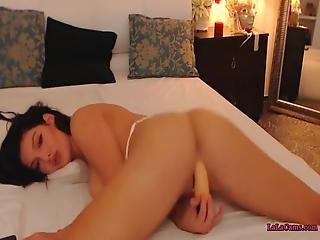 College Girls Gorgeous Girl Masturbating E1