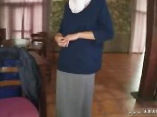 muslim girl Hungry Woman Gets Food