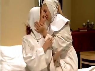 λεσβιακό, Nun