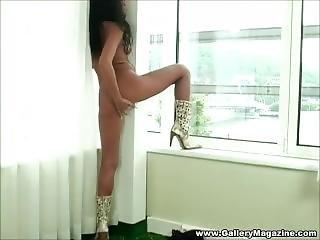 Amateur Brunete Masturbates On The Window In Front Of Neighbors