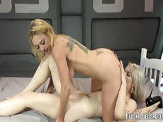 Queened Babe Fisted And Machine Fucked