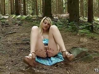 Blonde Goes Solo In The Outdoors