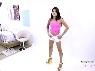 Teen Fucked At Photoshoot By Casting Agent