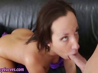 Teen Bounces Her Big Ass