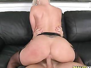 Kaylee Brookshire - Milf muffin