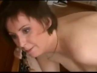 Horny Mature Mom Loves Big Dick- Watch Part2 On Milftop.com