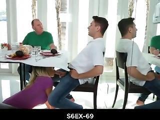 árabe, teta grande, fundición, sexando, madre, orgía, pis, hacer pis, pov, sexy