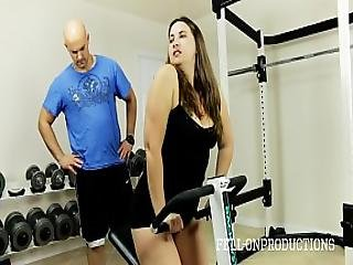 Workout Stepmom S Hot Wet Pussy In Gym