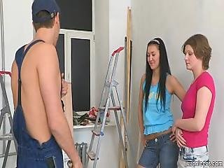 Jizzonteens.com - Hardworking Guy Gets His Tool Sucked