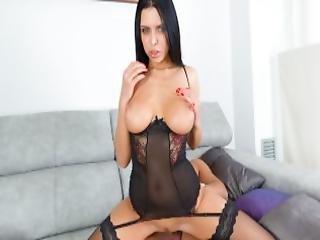 Virtual Taboo Stunning Kira Bounds On Hard Cock