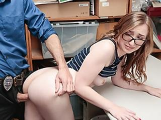Lovely Suspect Gracie Fucked By Horny Lp