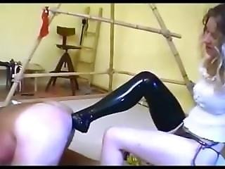 2 Dommes Fisting And Footig A Slave