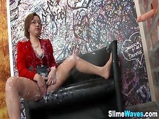 Classy Babe Gets Wam Cum
