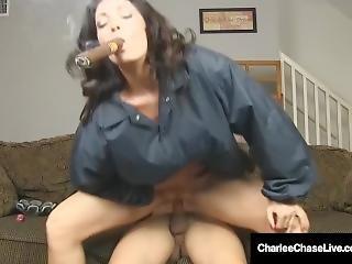 knaldning, stort bryst, blowjob, brunette, cigarat, milf, pornostjerne, fisse, ryger